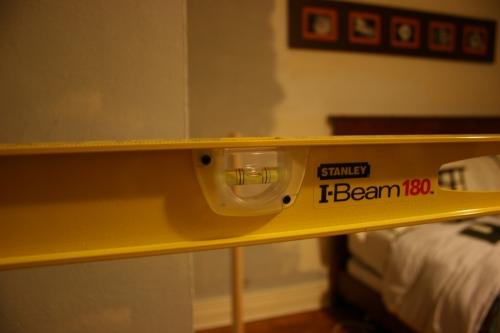 Bedroom shelf 012